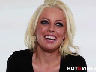 hot g Stimmung Interviews sexy blonde pornstar britney amber