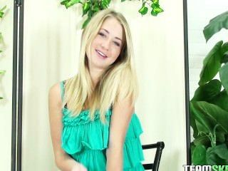 thisgirlsucks smalltits blonde teen casi james hawaiische Blasen Wichsen