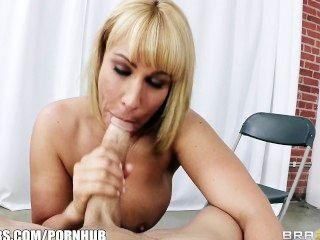 big-Tit blonde Talent-Agent mellanie monroe bekommt großen harten Schwanz