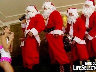 junge doris Efeu anal von 5 Santas gefickt