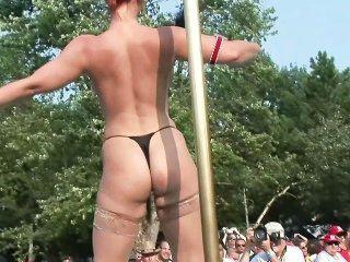 Nudes a Poppin 2005 - Szene 6