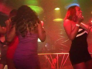 städtische Party-Girls: ausgeflippt Sexfest - Szene 4