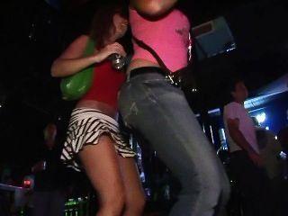 Nachtclub flashers 18 - Szene 4