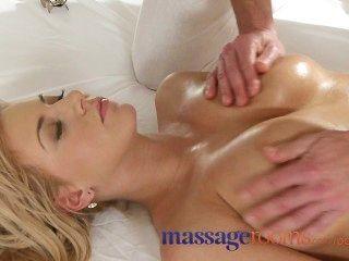 Massageräume gebräunt vollbusige junge blonde intensiven Orgasmus rasiert