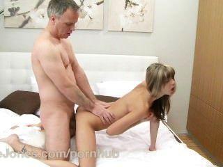 danejones winzige feste dünne Teen Orgasmus mit tief anal sex