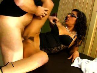 französisch Masseuse bekommt anal knallte