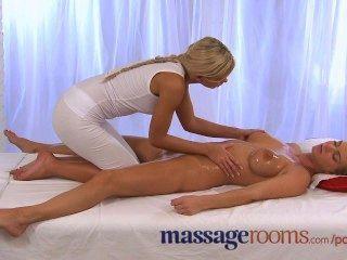 Massageräume geil und geölt Lesben-Action wie große Brüste Mädchen kommt hart