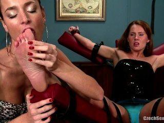 fußanbetung susan - tschechisch sexy Füße