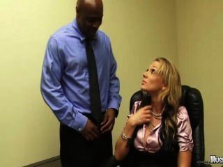 nikki sexx hat ihr zwei großen schwarzen Schwanz Mitarbeiter ficken ihre Jobs zu behalten!