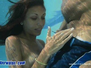 sexunderwater.13.12.01.delialah.lunch.break.xxx.720p.mp4