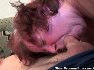mollig Schritt-Oma mit großen Titten und haarige Muschi wird gefickt