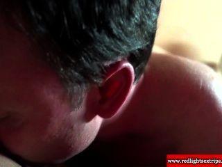 echte holländische Brünette Hure gibt Blowjob und bekommt pussylicked