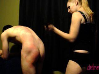 Dominanz: Auspeitschen, verhauen & Slave-Schalter