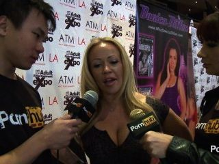 pornhubtv Austin Taylor Interview bei 2014 AVN Awards