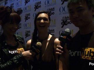 pornhubtv holly michaels Interview bei 2014 AVN Awards