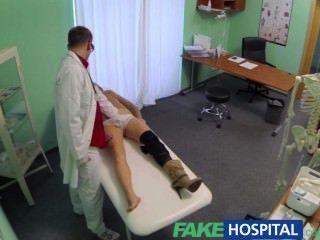 gefälschte Krankenhausarzt verweigert Antidepressiva und schreibt eine gute lecken