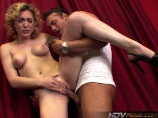 saftig blonde Lilie Labeau saugt Hahn und fickt hart, bevor Gesichts