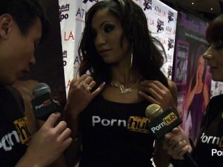 pornhubtv Sadie santana Interview bei 2014 AVN Awards