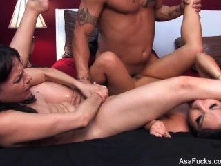 Asa Akira & Dana DeArmond Dreier