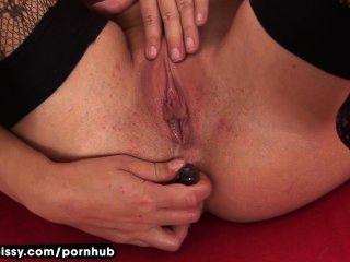 tracy pees nach anal liebäugelt