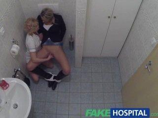 fakehospital Glück Patient wird von Krankenschwester und Arzt verführt