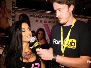 pornhubtv alby rydes Interview bei Exxxotica 2014 Atlantic City