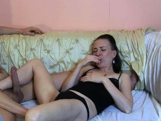 Amateur junge Pornostar TV-Show-backstagetutorial-Euro Babe sylvia Chrystall