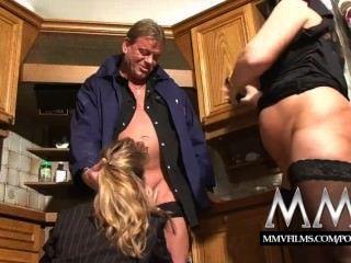 mmv Filme zwei reifen Wifes einen Schwanz teilen