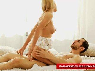Paradies Filme sinnliche Blondine Wünsche Schwanz