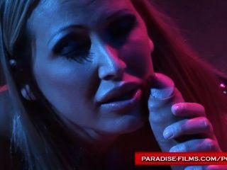 Paradies Filme mandy hell ihr Sex-Sklaven mit