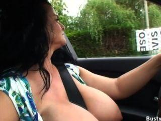 Autofahren und öffentliche Blinken