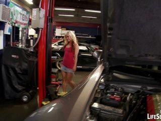 Ficken der Automechaniker