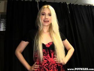 pov Kriege blonde Cutie ranie bekommt nach jeder Kerl frecher