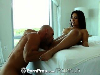 hd - pornpros sexy jynx Labyrinth wärmt mit einem Spielzeug und ist Arsch gefickt