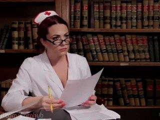 Sex Krankenschwester Pussy wird dominiert