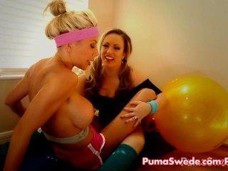 Puma & Lesbian pornstar Arbeit carmen aus