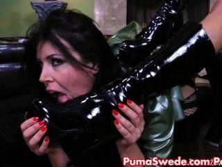 big Tit Euro Babe Puma straft vollbusige anastasia mit strapon