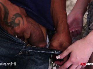 neue Sensationen - Shane Diesel fickt seinen Babysitter Sommer carter