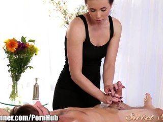 Sweet Sinner casey calvert fickt harte Massage Client