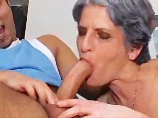 arme Oma ausbrechen das hängt!