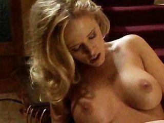 heiße Mädchen auf der Treppe, die Sex