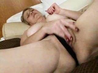 rüstig: ugly reifen pornstar