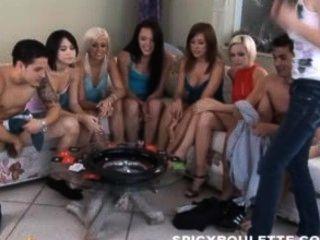6 hot chicks spielen würzig Roulette
