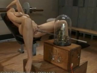 Jayden cole hat Rippen harte Orgasmen mit Maschinen hart ihre Muschi ficken