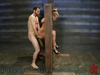 mia Lelani exotische Porno Schlampe ist gefesselt, gefoltert und gefickt