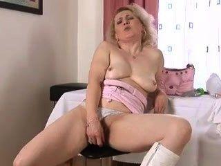 Hahn reife Frau wollen masturbiert