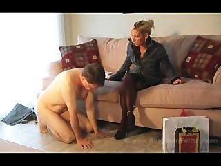 heiße Frau übernimmt die Kontrolle