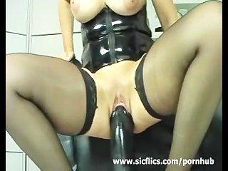 ich liebe gigantischen Dildos meine riesigen Pussy Dehnung