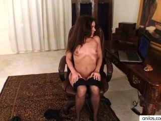 Amateur Mutter masturbiert zu porn