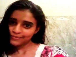 längeren Clip eines indischen Teenager